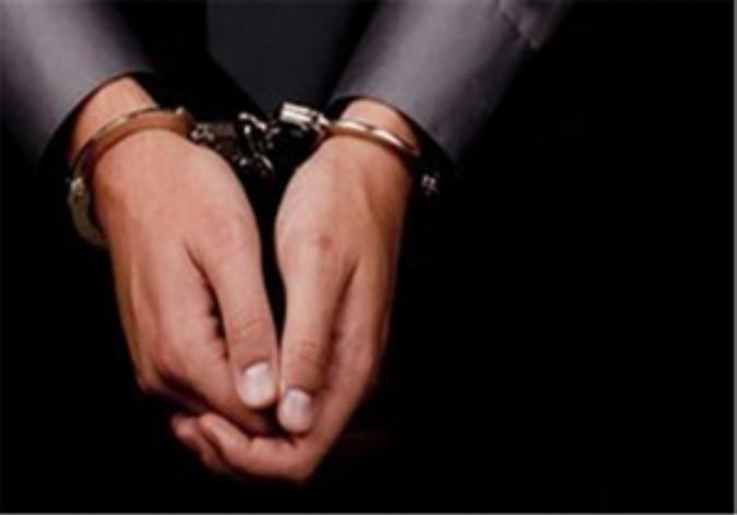 فرمانده انتظامی شهرستان شهریار از دستگیری اخاذ مامور نما در این شهرستان خبر داد.