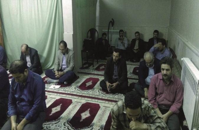 برگزاری زیارت عاشورا به مناسبت شهادت مدافع حرم محسن حججی