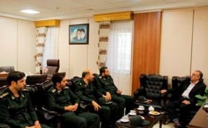 دیدار فرمانده سپاه شهرستان با فرماندار ملارد به مناسبت هفته دولت