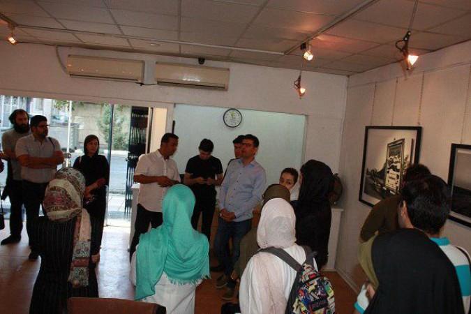 نخستین نمایشگاه انفرادی هنرمند عکاس علیرضا خشاب باعنوان «خرمشهر آزاد شد!»