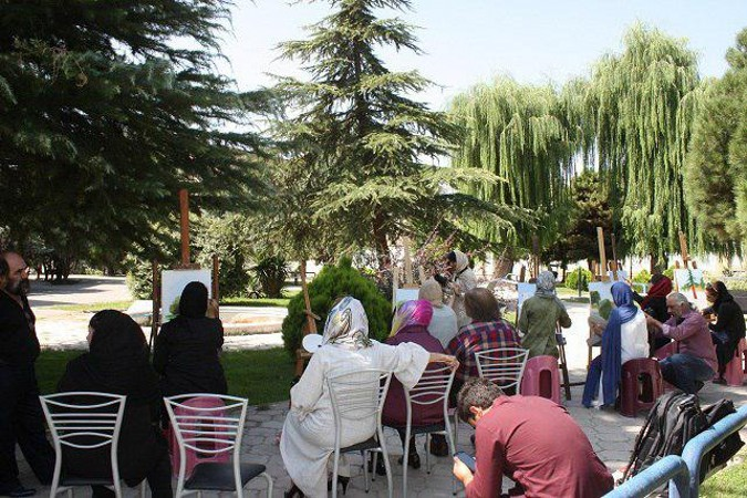 برگزاری کارگاه نقاشی زنده درفرهنگسرای استاد شهریار