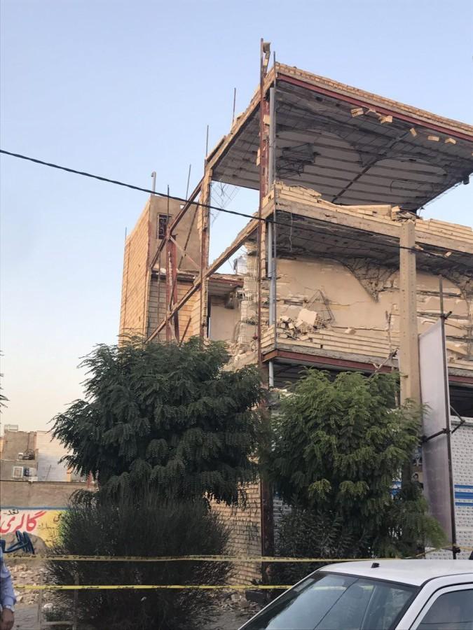 ریزش ساختمان سه طبقه در شهریار