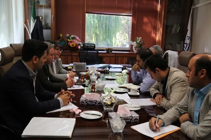 جلسه سرپرست شهرداری شهریار با نمایندگان شرکت ونک پارک