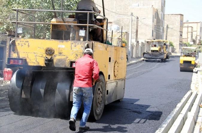 اجرای عملیات آسفالت خیابان بسیج واقع در انتهای بلوار شایان