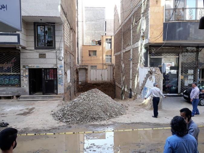 باحضور به موقع آتش نشانی و شهرداری شهریار مانع بروز حادثه ناگوار گردید