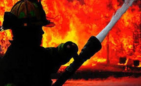 آتش سوزی انبار تجاری در جاده ملارد