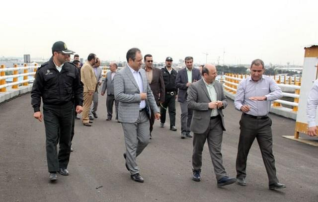 بازدید مسئولان شهرستان از پل ورودی شهر قدس