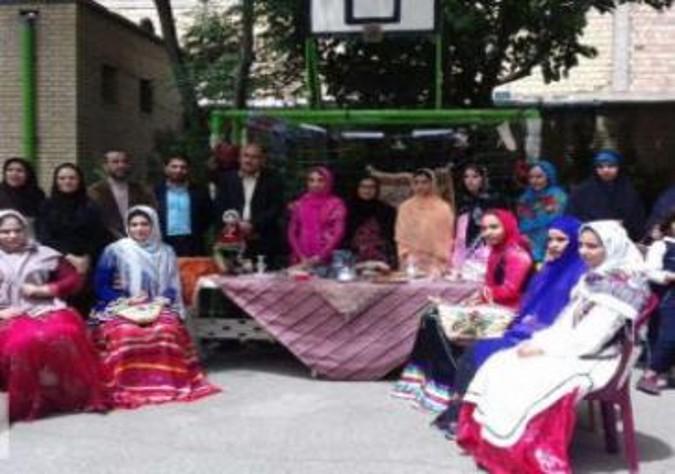 برپایی جشنواره غذا، صنایع دستی و لباس محلی در شهرستان قدس
