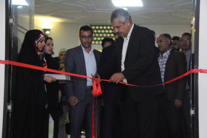 افتتاح نمایشگاه هنر ، خانواده نشاط + فیلم مصاحبه مشاور امور جوانان فرماندار شهریار