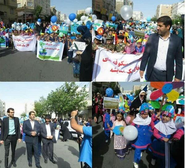 همایش پیاده روی نو آموزان پیش دبستانی در شهریار برگزار شد