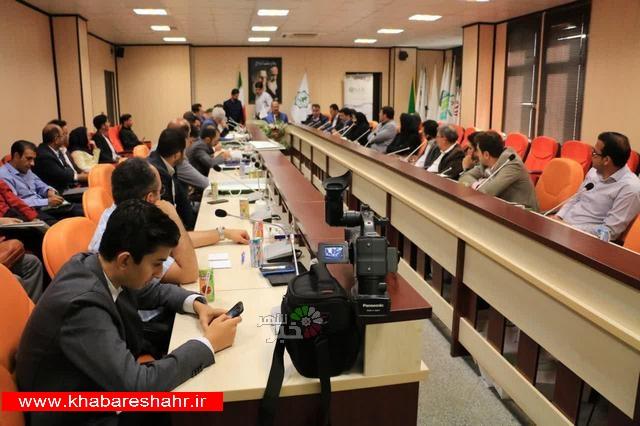 نشست تخصصی مدیران سازمان پارکهای غرب استان تهران در شهریار برگزار شد