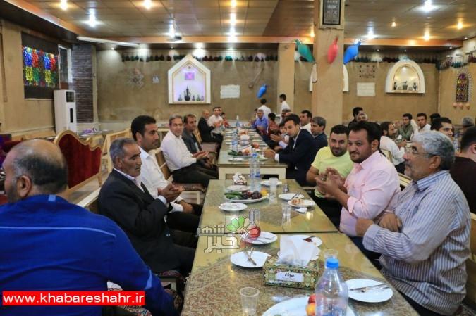 برگزاری مراسم بزرگداشت هفته دولت و روز کارمند در منطقه دو امیریه برگزار شد