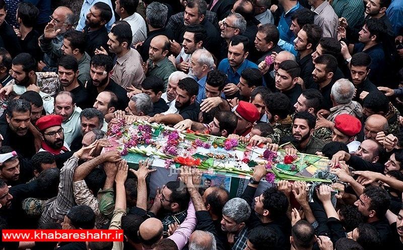 تشییع پیکر مطهر ۱۳۵ شهید گمنام در تهران آغاز شد
