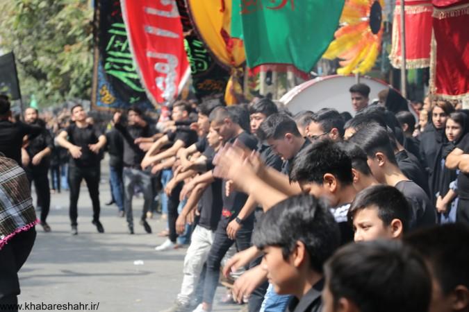 گزارش تصویری از مردم شهریار در روز تاسوعای حسینی – مقابل آستان امام زاده اسماعیل (ع)شهریارقسمت دوم