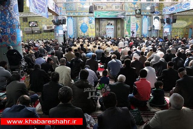 گزارش تصویری از نماز جمعه 11 آبان در مصلی امام خمینی (ره) شهریار