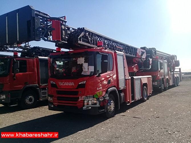 نردبان هیدرولیکی سازمان آتش نشانی وخدمات ایمنی شهرداری شهریار به گمرک تهران رسید