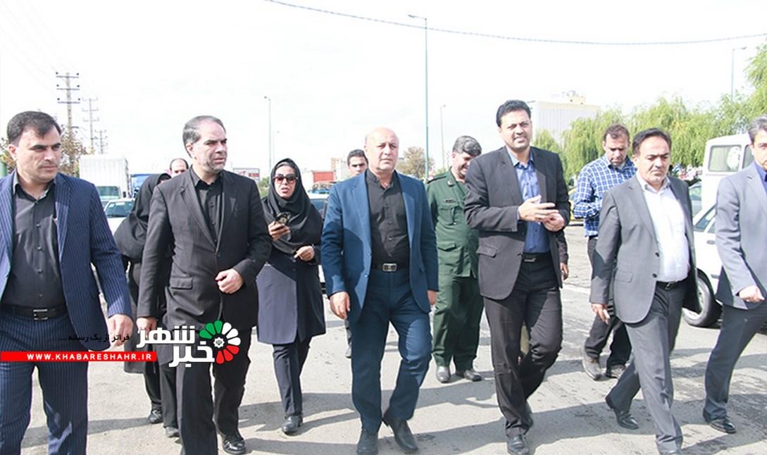 بازدید مشترک فرمانداران شهرستان شهریار و ملارد از میدان مادر
