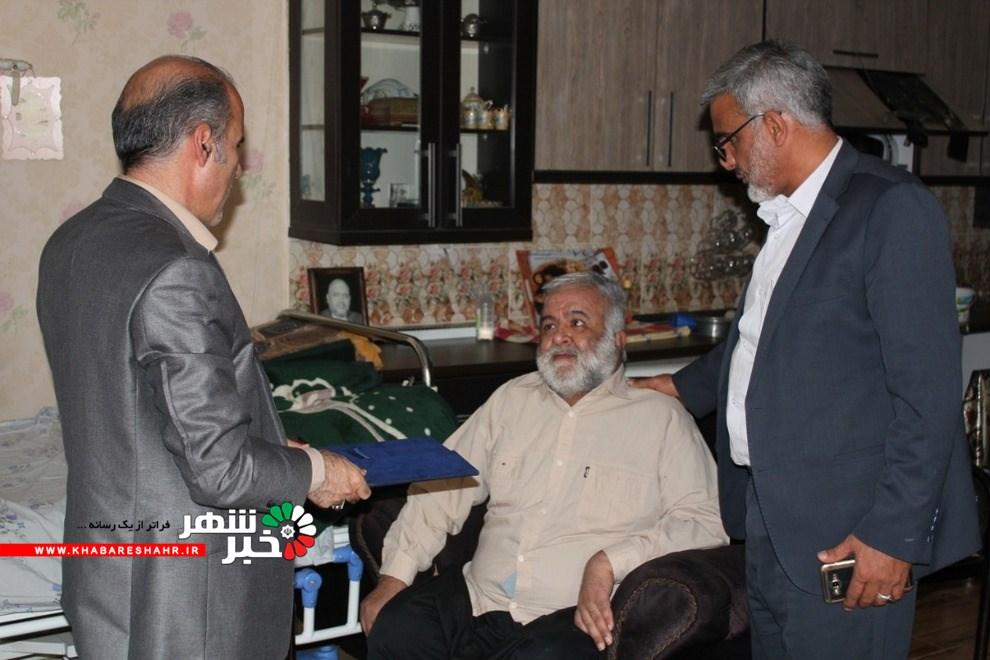ابوالقاسم مرادطلب رئیس محترم دادگستری شهرستان شهریار با یکی از جانبازان جنگ تحمیلی و خانواده آنان دیدار و گفتگو کردند.