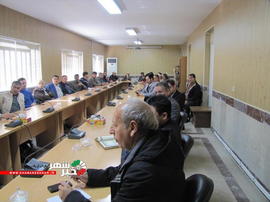 جلسه هماهنگی و برنامه ریزی پیرامون اقدامات موثرنظارتی با استفاده از امکانات اتحادیه های صنفی شهرستان شهریار