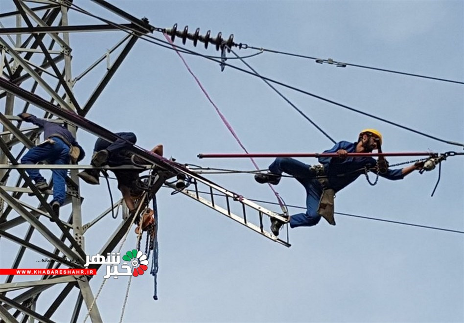 قطع بودن راه های دسترسی، مهمترین مشکل امدادگران برق در مناطق سیلزده