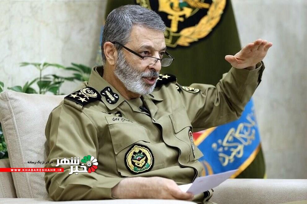 فرمانده کل ارتش: آسمان ایران امنتر از گذشته است