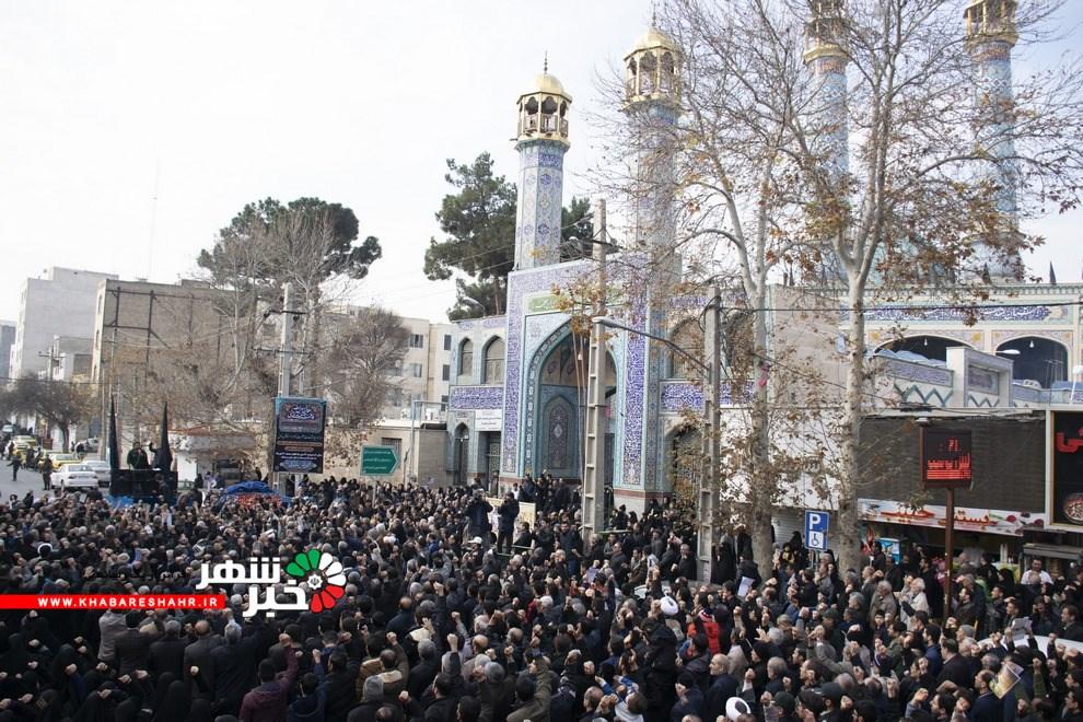 مردم شهرستان شهریار پس از نماز جمعه به راهپیمایی و عزاداری سردار سلیمانی پرداختند