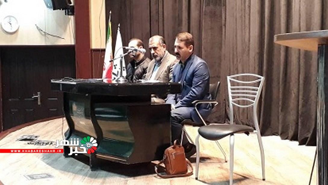 نشست صمیمی رئیس اداره با آموزشگاههای آزاد هنری  شهرستان شهریار