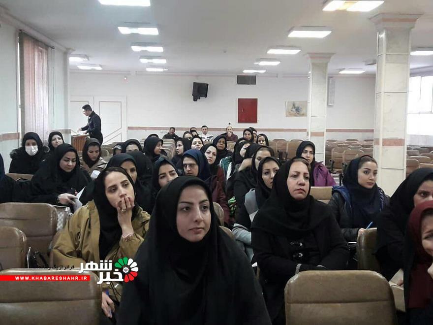 برگزاری کلاس ضمن خدمت طرح های نوین یادگیری در شهرستان شهریار برگزار شد +عکس