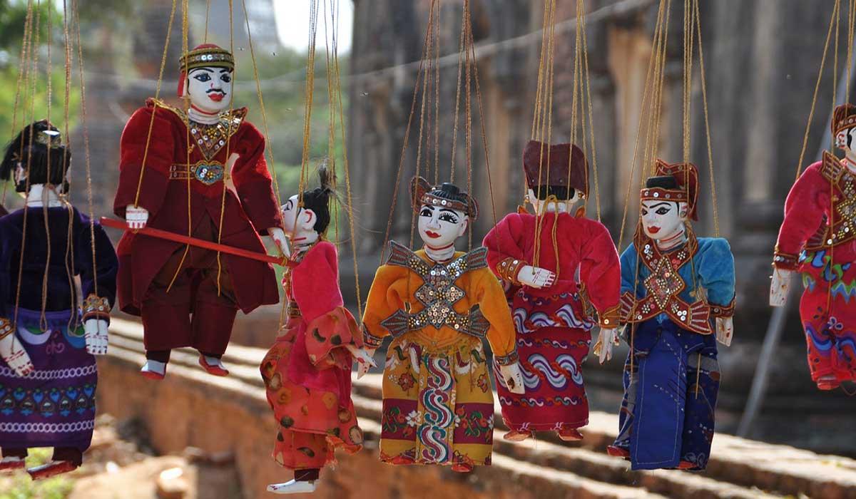 اولین جشنواره نمایش عروسکی درمنزل