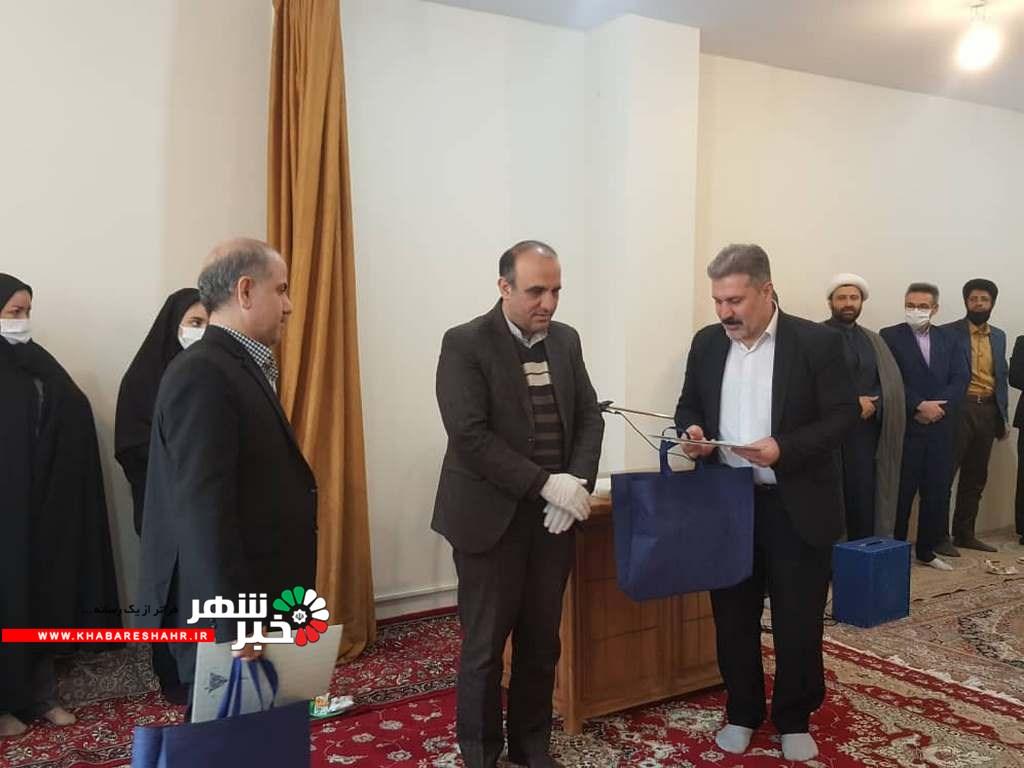 مراسم تودیع رئیس کمیته امداد شهریار با حضور مدیر کل کمیته امداد برگزار شد