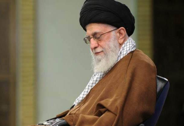 پخش قرائت زیارت اربعین همنوا با رهبر انقلاب از شبکه یک