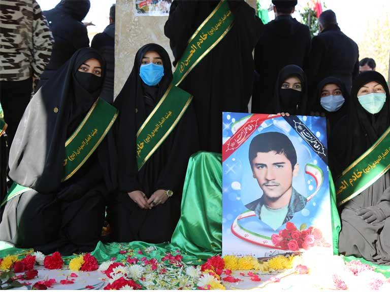 شهید گمنام در آغوش خانواده اش آرام گرفت