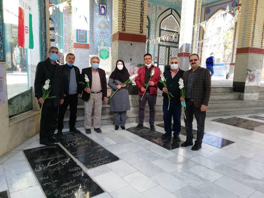 شهریار/عطرافشانی مزار شهدا در دهه فجر