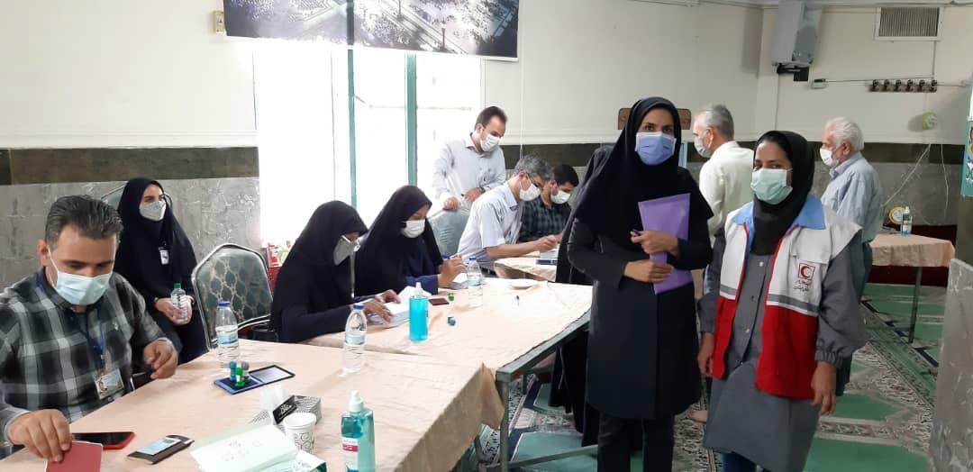 حضور کارشناسان بهداشت در شعب اخذ رای