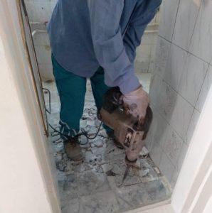 مرمت منزل خانواده بی بضاعت به دست خادمیاران جهادگرشهریار