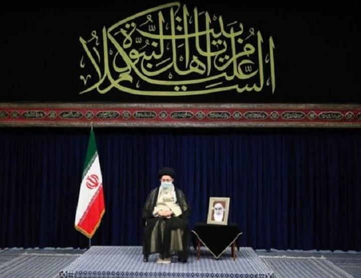 رهبر معظم انقلاب در مراسم اربعین حسینی: دانشجویان با انتشار افکار صحیح در فضای مجازی به معنای واقعی کلمه جهاد کنید
