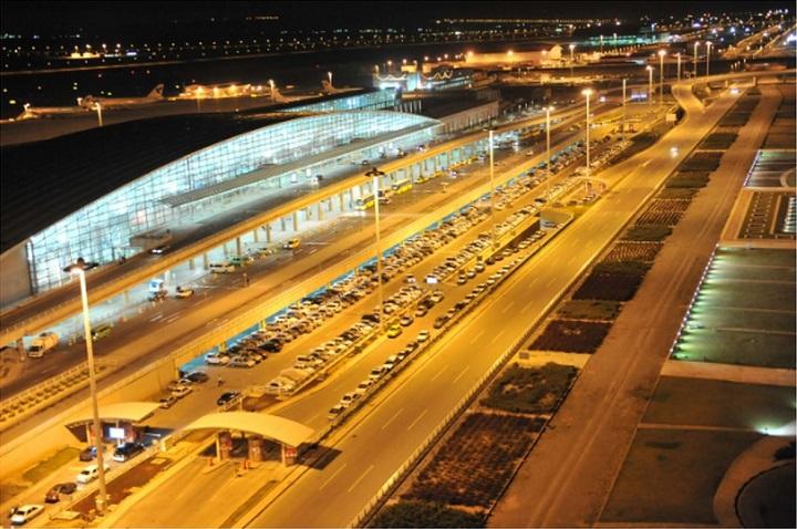 سرگردانی زائران اربعین در فرودگاه امام