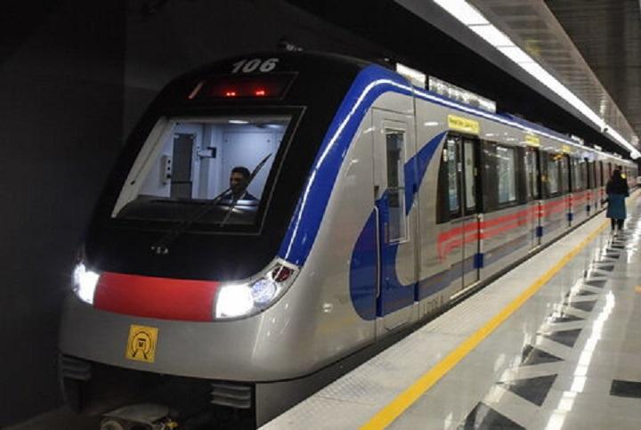 خدماترسانی رایگان مترو تهران به شرکتکنندگان در پیادهروی اربعین